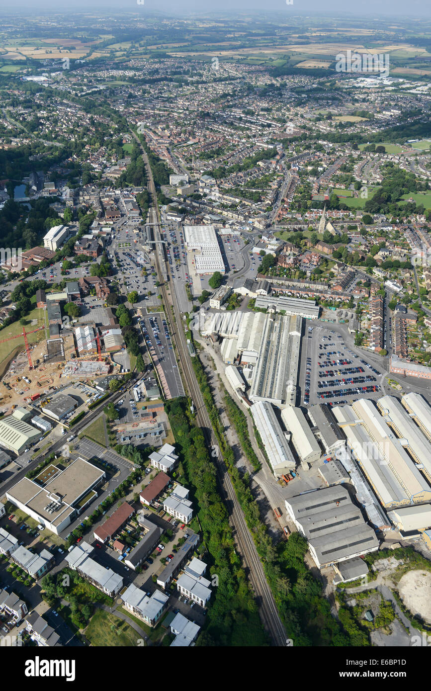 Aerial photograph of Chippenham rail network and surrounding industry. - Stock Image