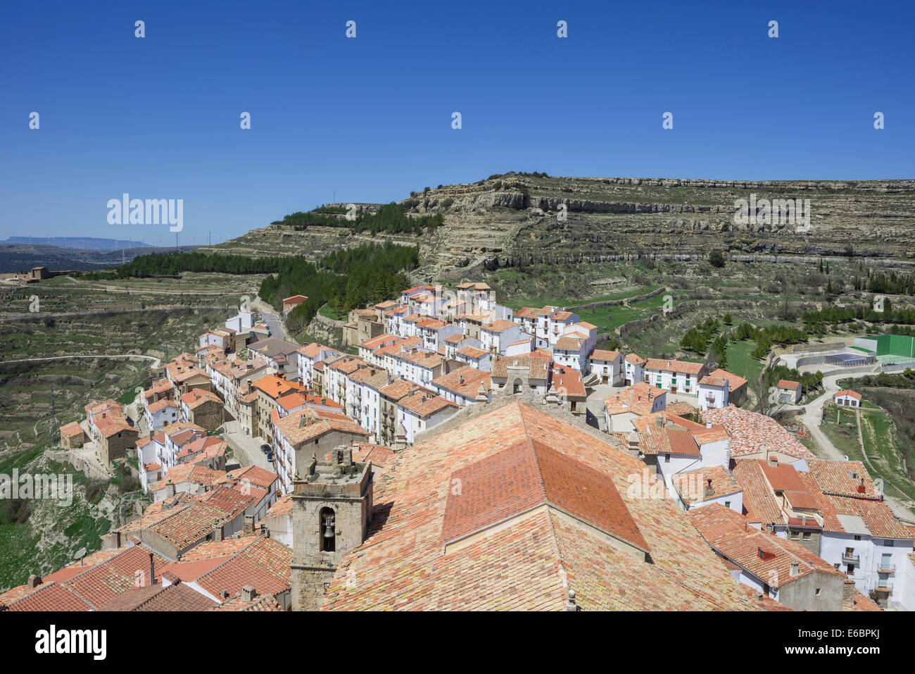 View of the houses in the mountain village of Ares del Maestre, Castelló, Spain - Stock Image