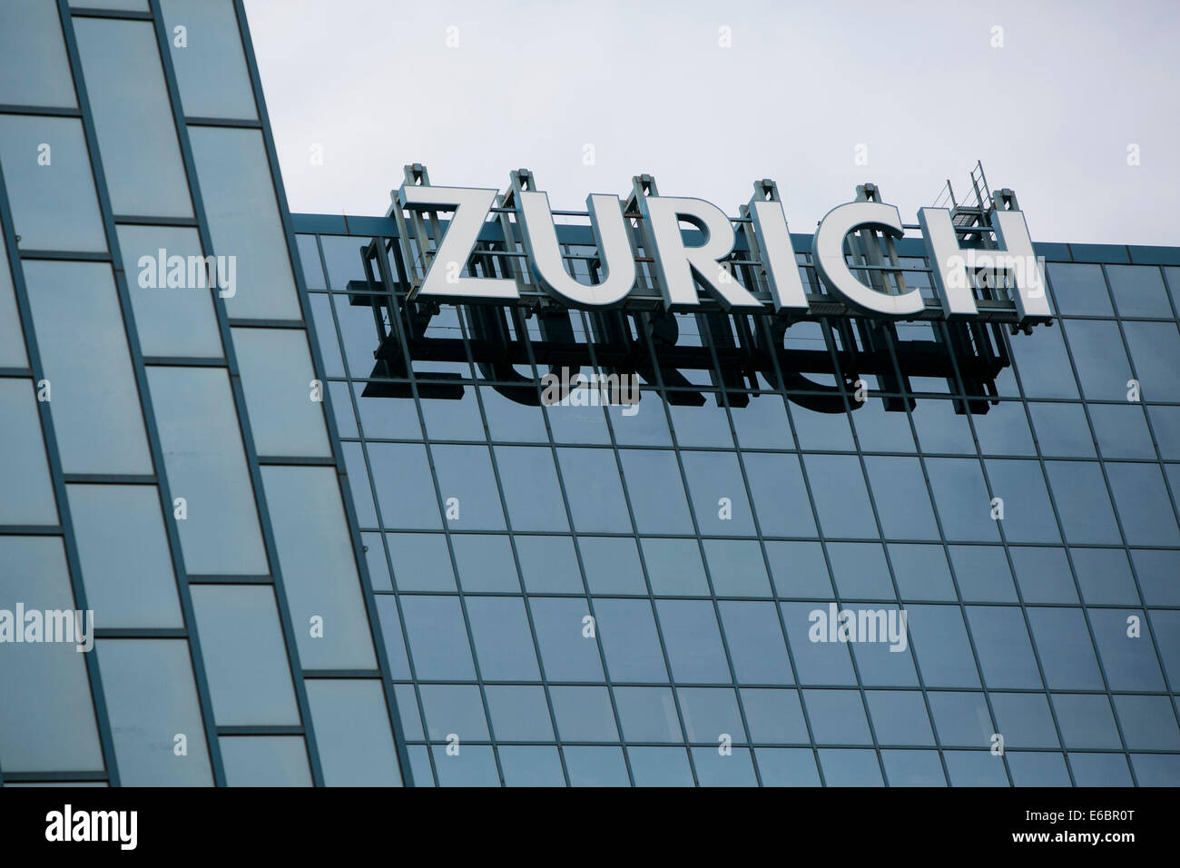 The headquarters of Zurich North America in Schaumburg, Illinois. Stock Photo