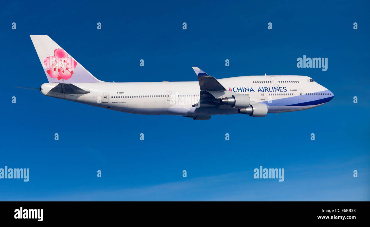 China Airlines Boeing 747-409 in flight - Stock Image