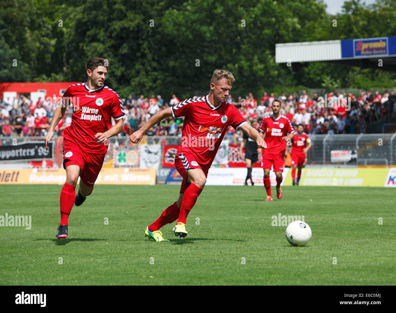 sports, football, Regional League West, 2014/2015, Rot Weiss Oberhausen versus Sportfreunde Siegen 2:1, Stadium Stock Photo