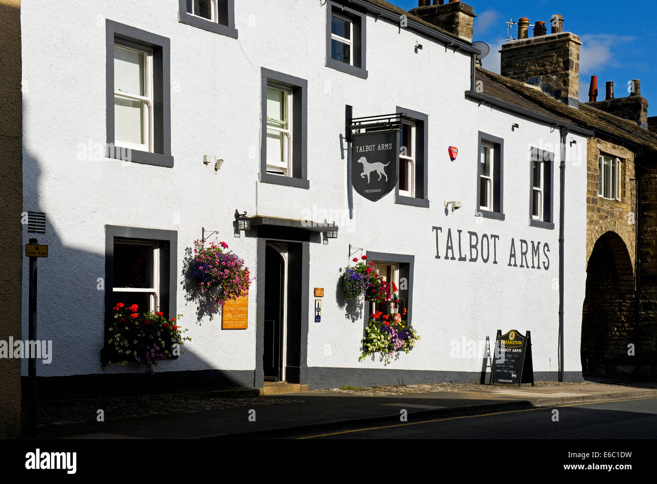 The Talbot Arms, Settle, North Yorkshire, England UK - Stock Image