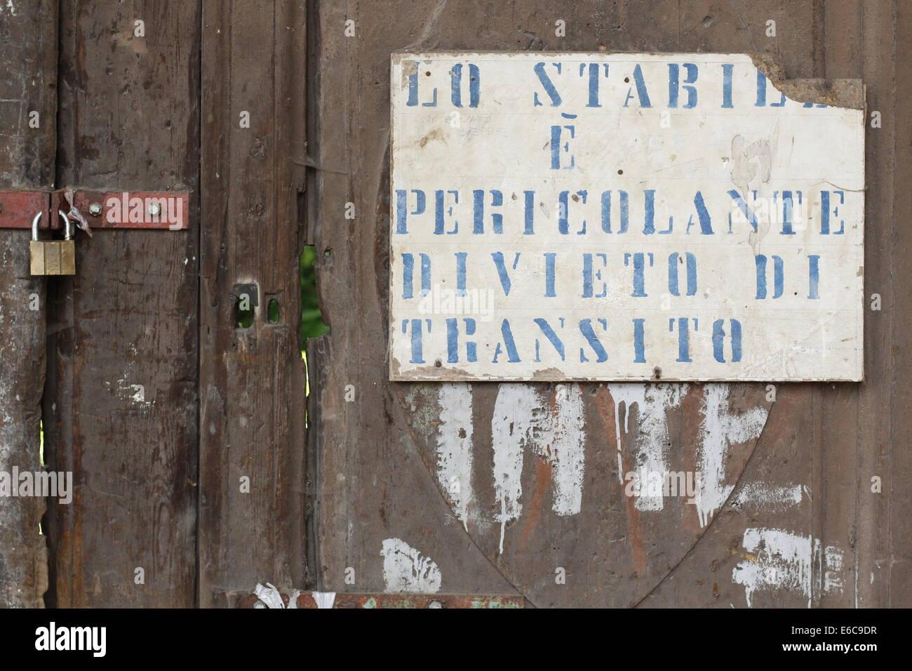 no passing cartel - Stock Image