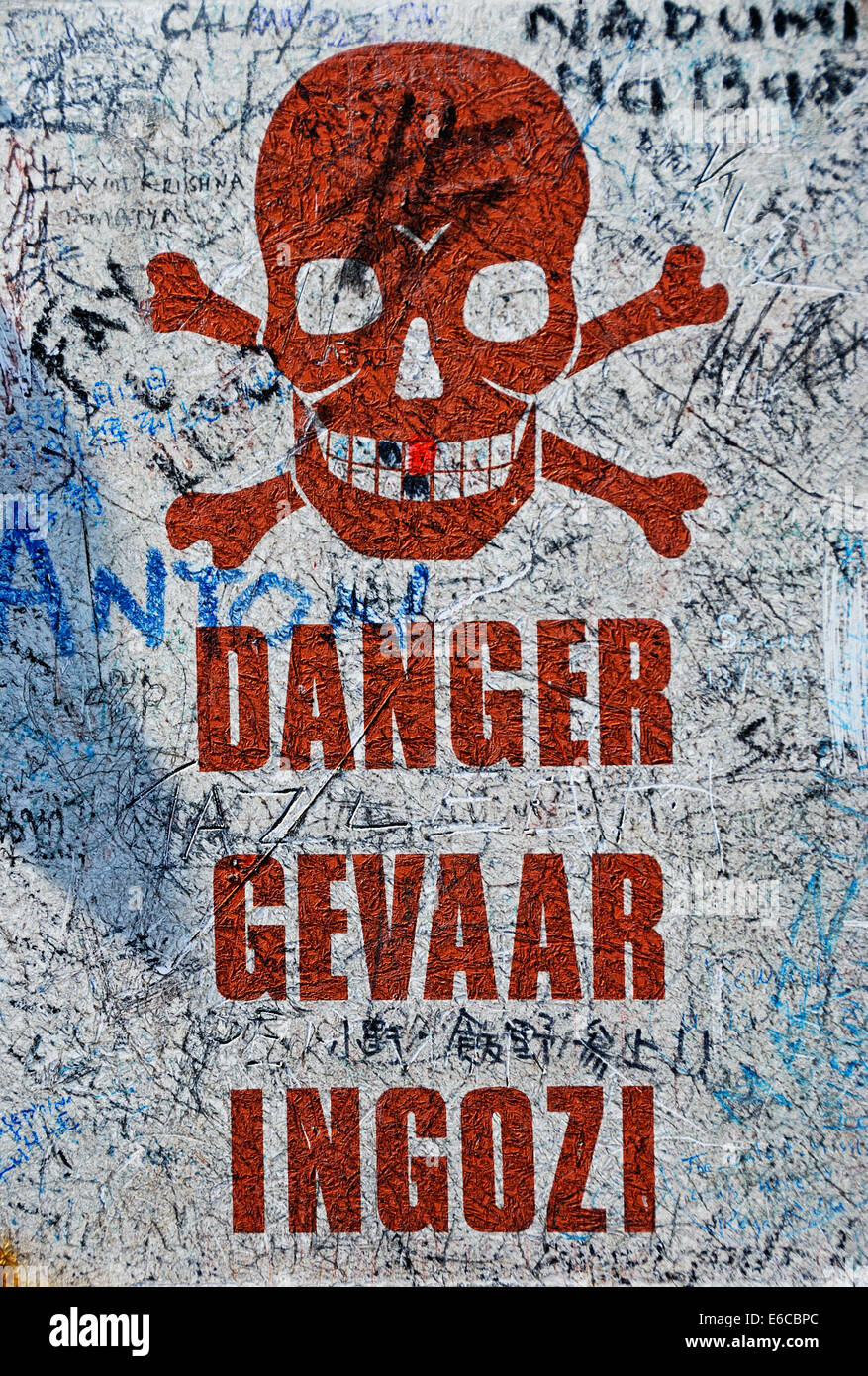Danger warning sign in English and Afrikaans languages, South Africa - Stock Image