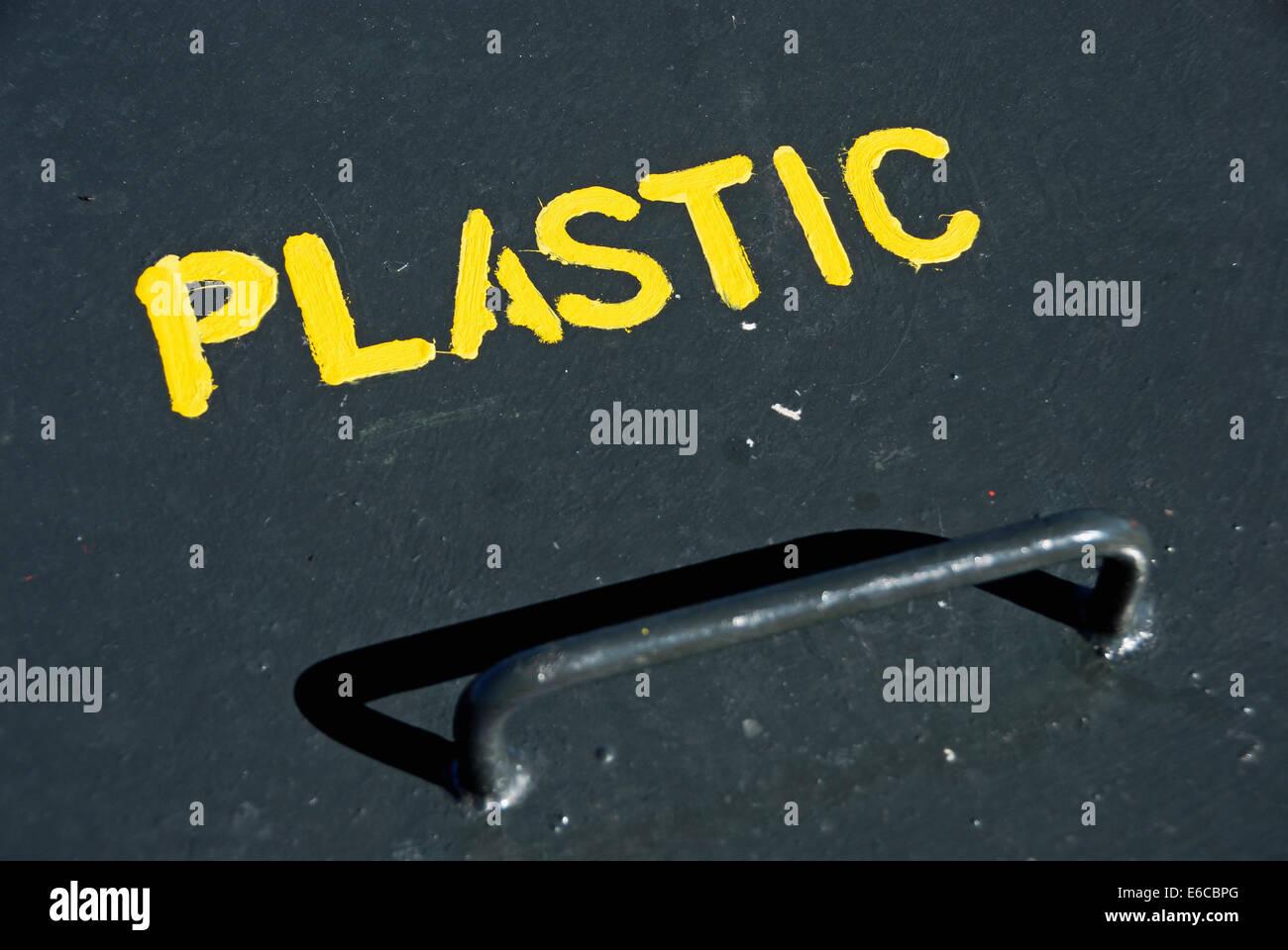 Plastic recycling bin top - Stock Image