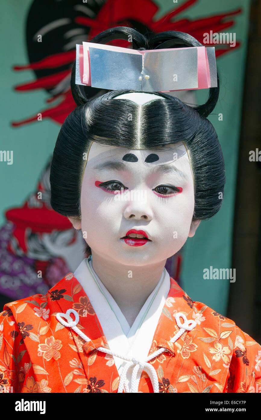 Child dressed in costume for a Kabuki performance at Furukawa Festival, Hida-Furukawa, Japan. - Stock Image