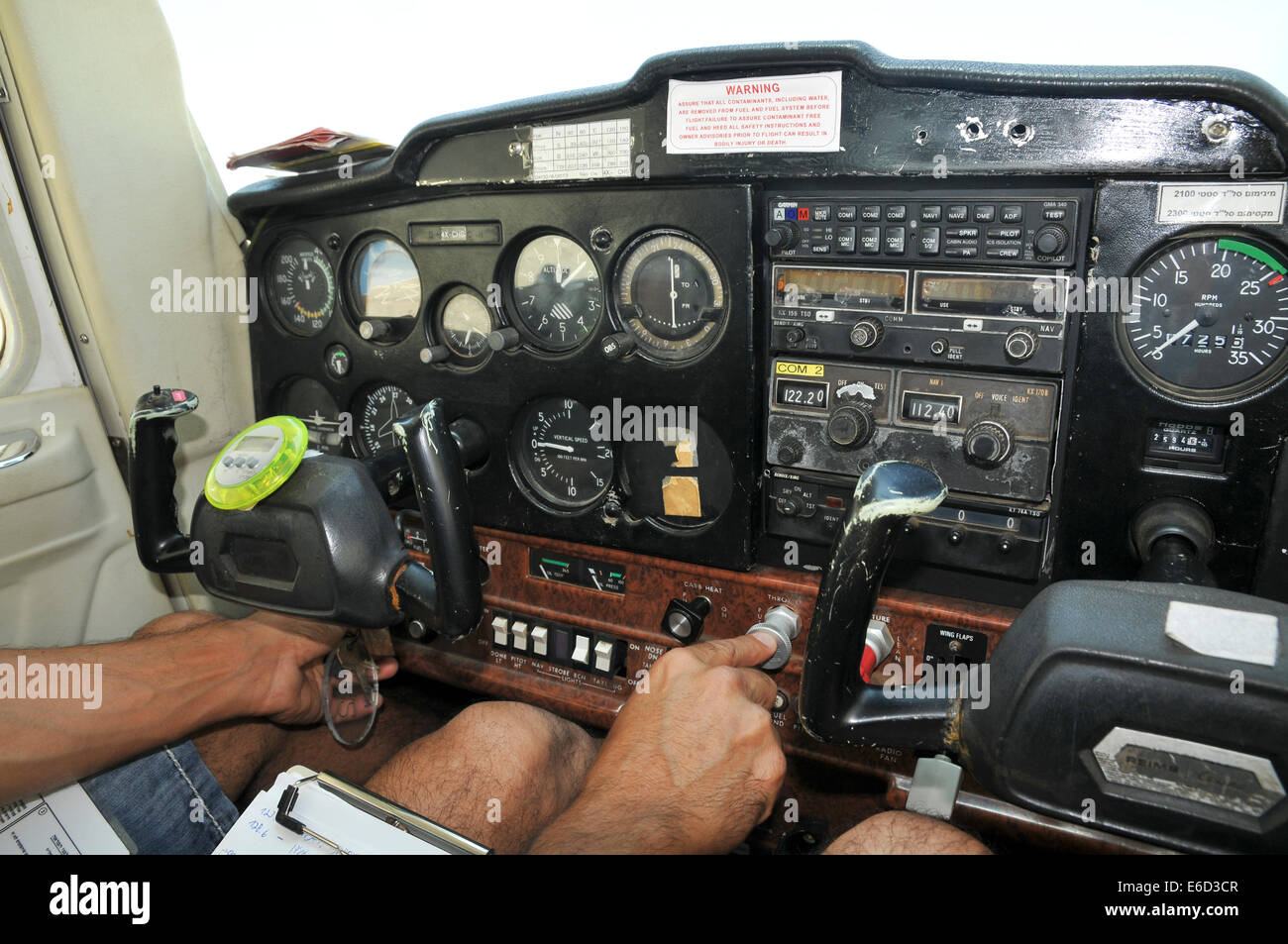 Pilot performs preflight checklist Stock Photo: 72817495 - Alamy