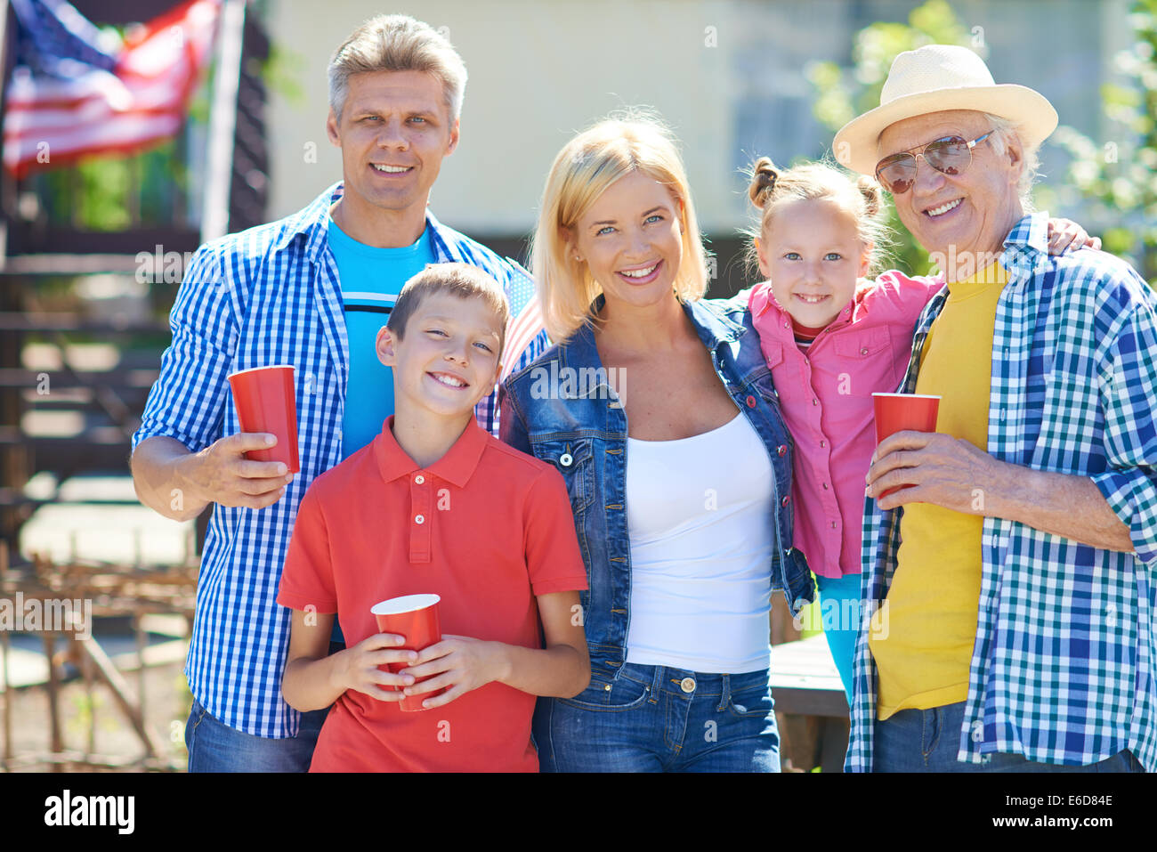 Big family of five spending tome outdoors - Stock Image