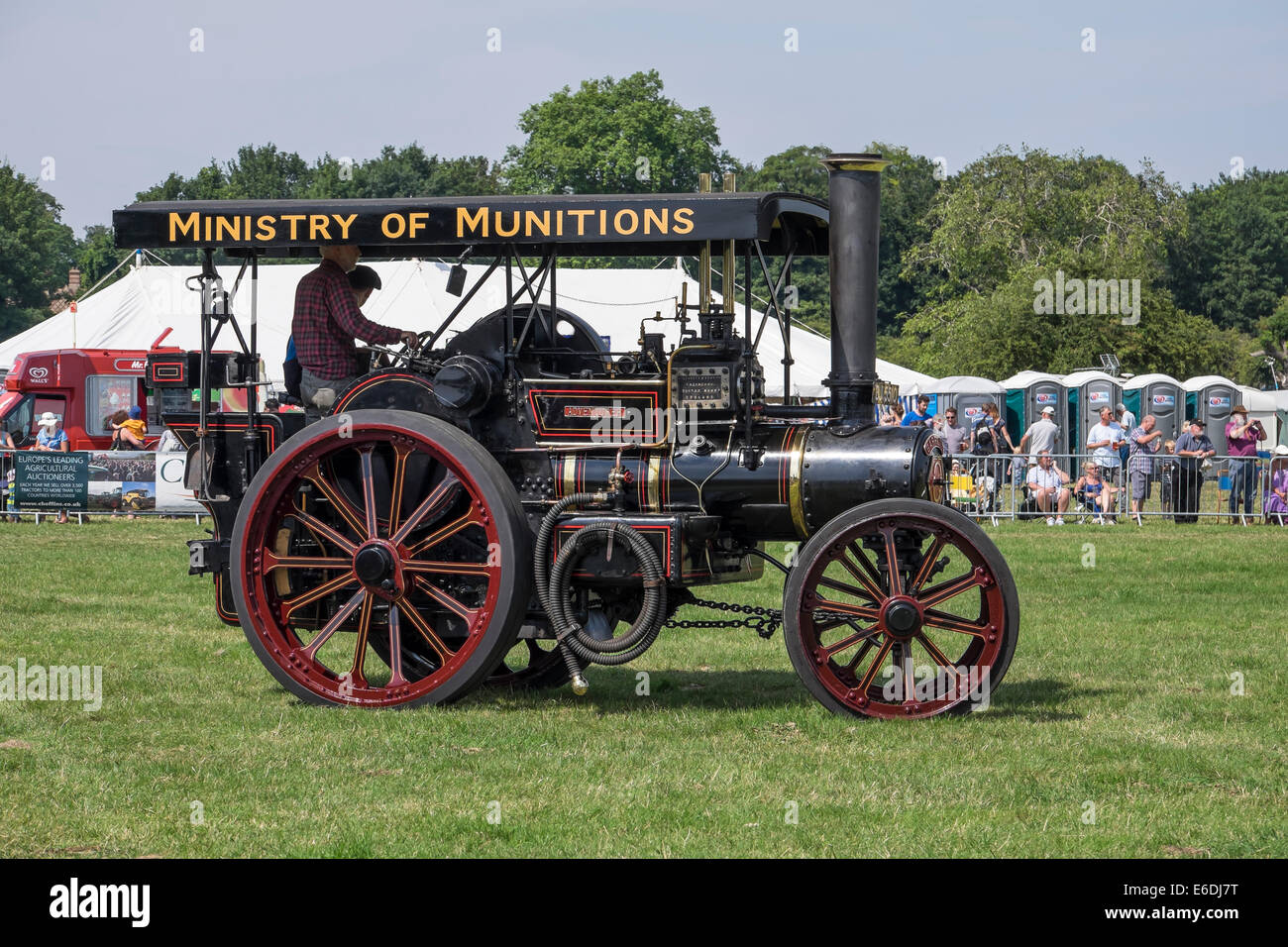 Vintage 1918 Garrett 4CD Steam traction engine at Stow cum Quy Cambridgeshire Steam Rally and Country Fair England Stock Photo