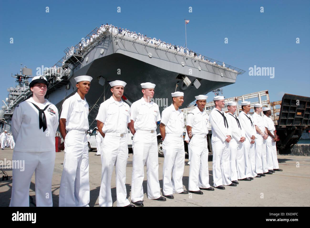 Sailors and Marines Reunite With Their Families, San Diego Naval Base, California, USA. Stock Photo