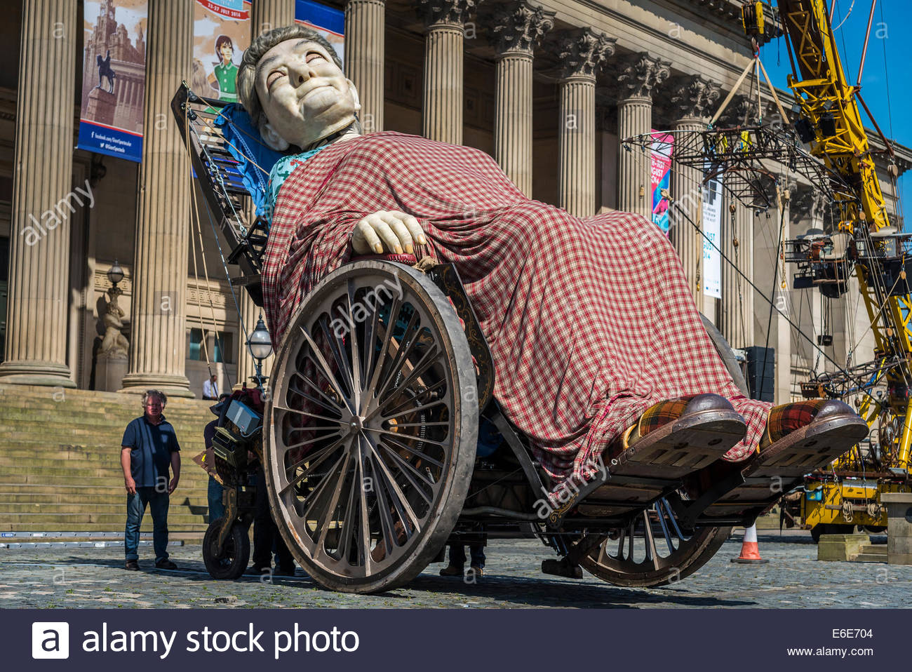 Royal de Luxe of France giant puppets at the Liverpool Memories of 1914-18 3 day performance on the streets of the - Stock Image