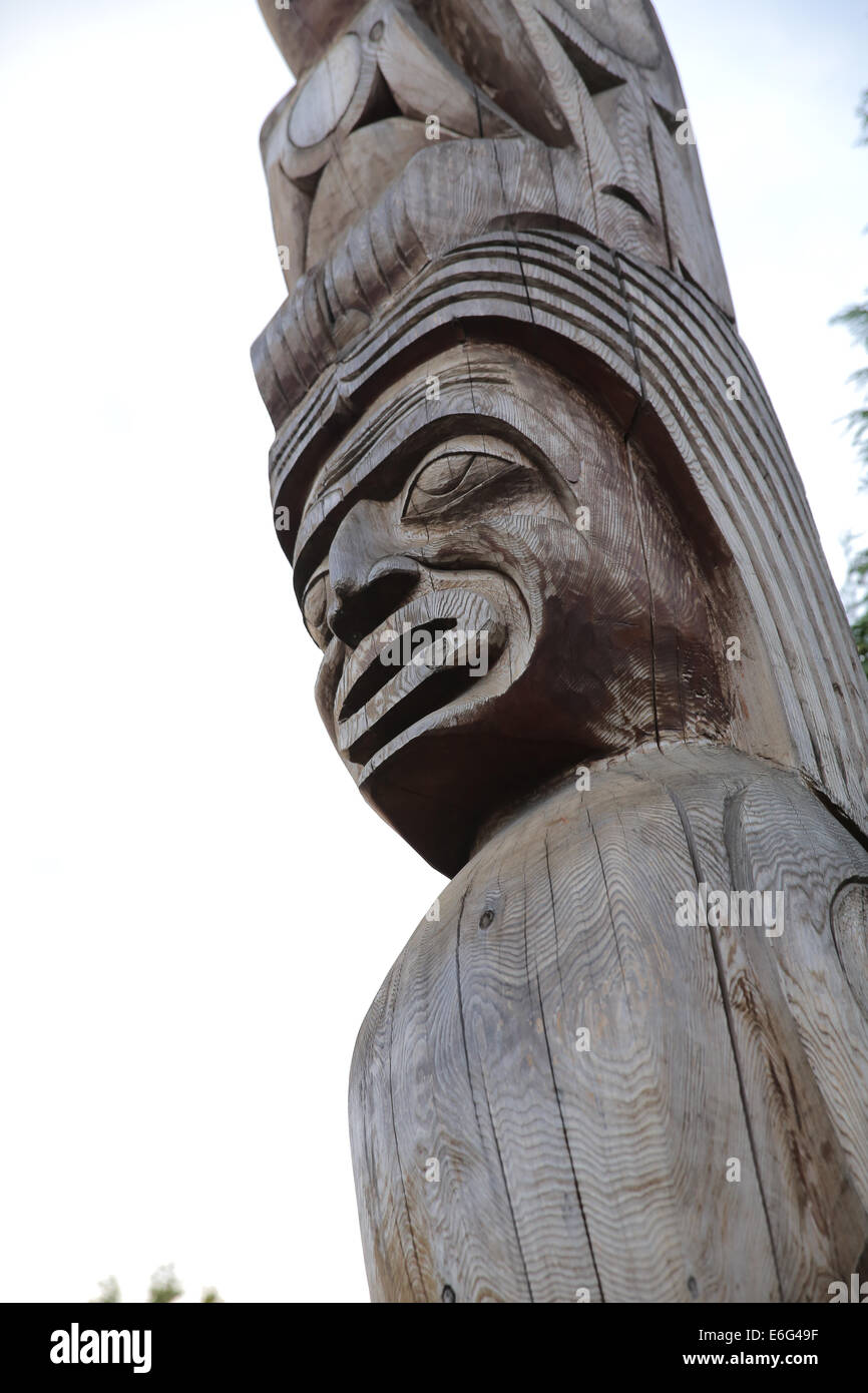 stanley park rose cole yelton memorial totem pole - Stock Image