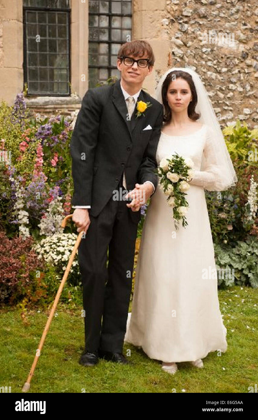 THE THEORY OF EVERYTHING 2014 Focus Features film with Felicity Jones and Eddie Redmayne - Stock Image