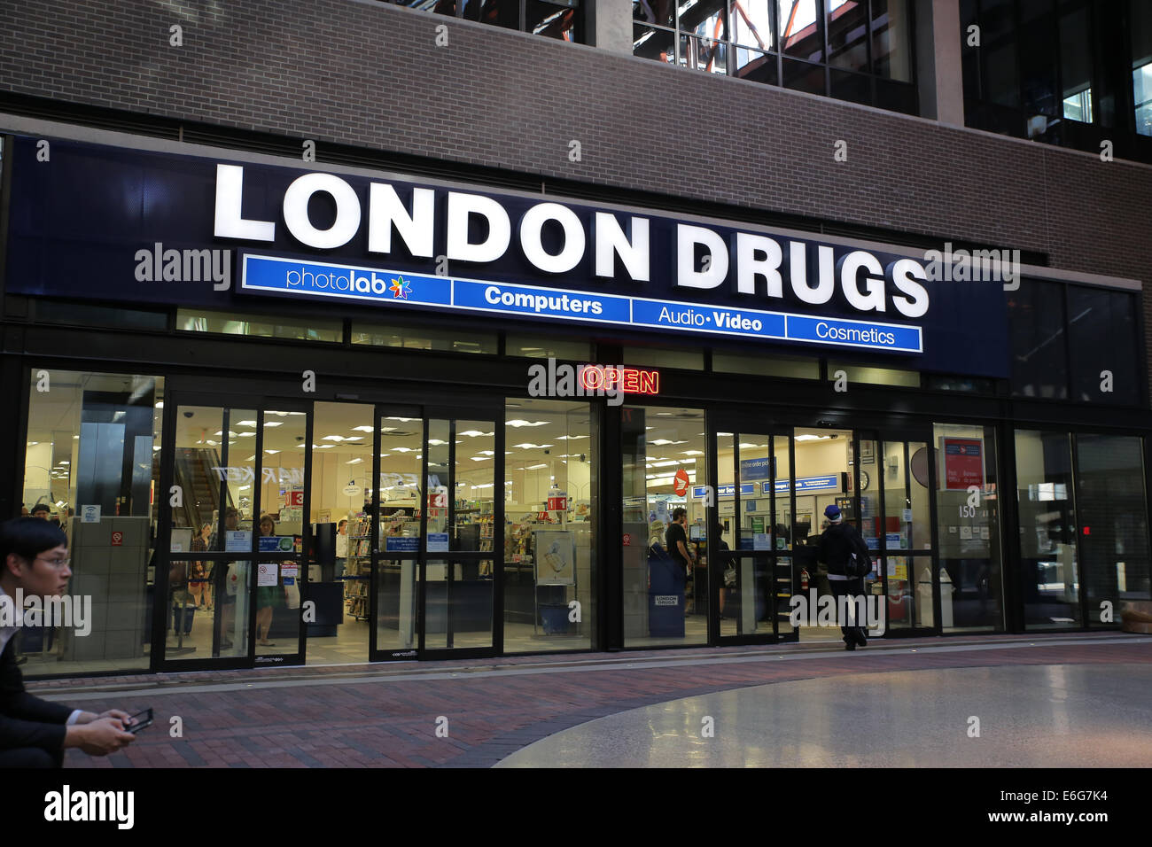 London drug store Vancouver - Stock Image