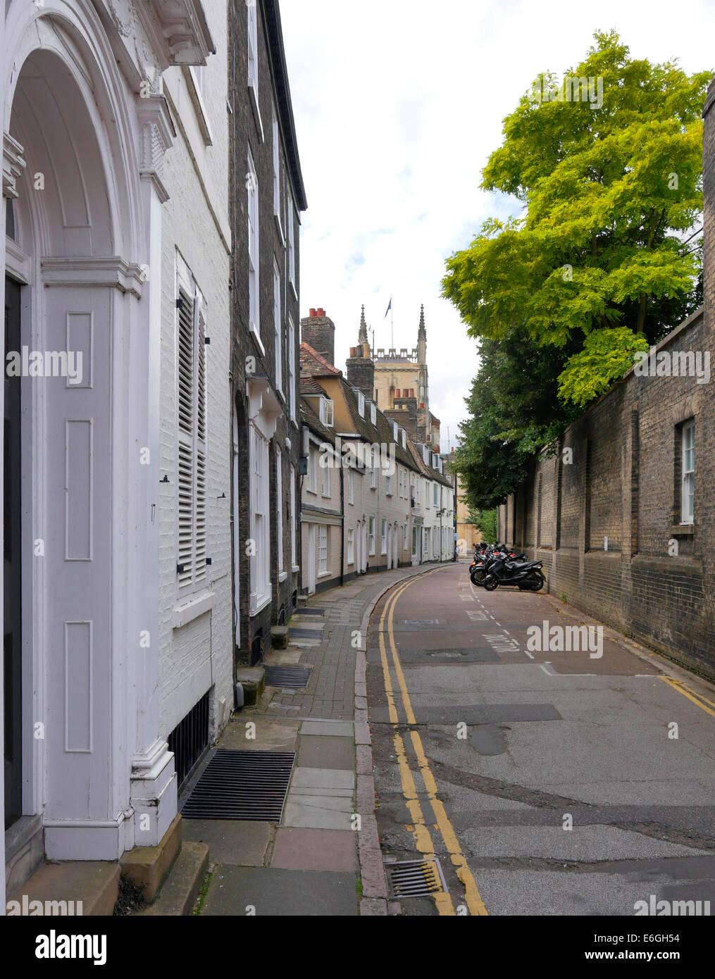 Boltoph Lane period housing and narrow street, Cambridge, England - Stock Image
