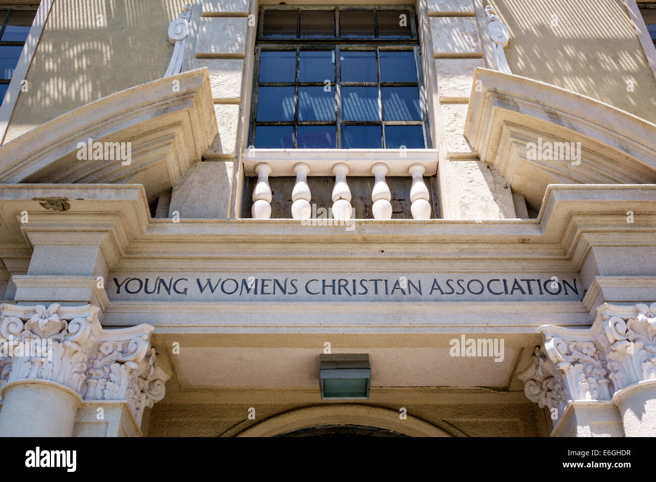 Hawaii Oahu Hawaiian Honolulu Young Women's Christian Association YWCA front entrance - Stock Image