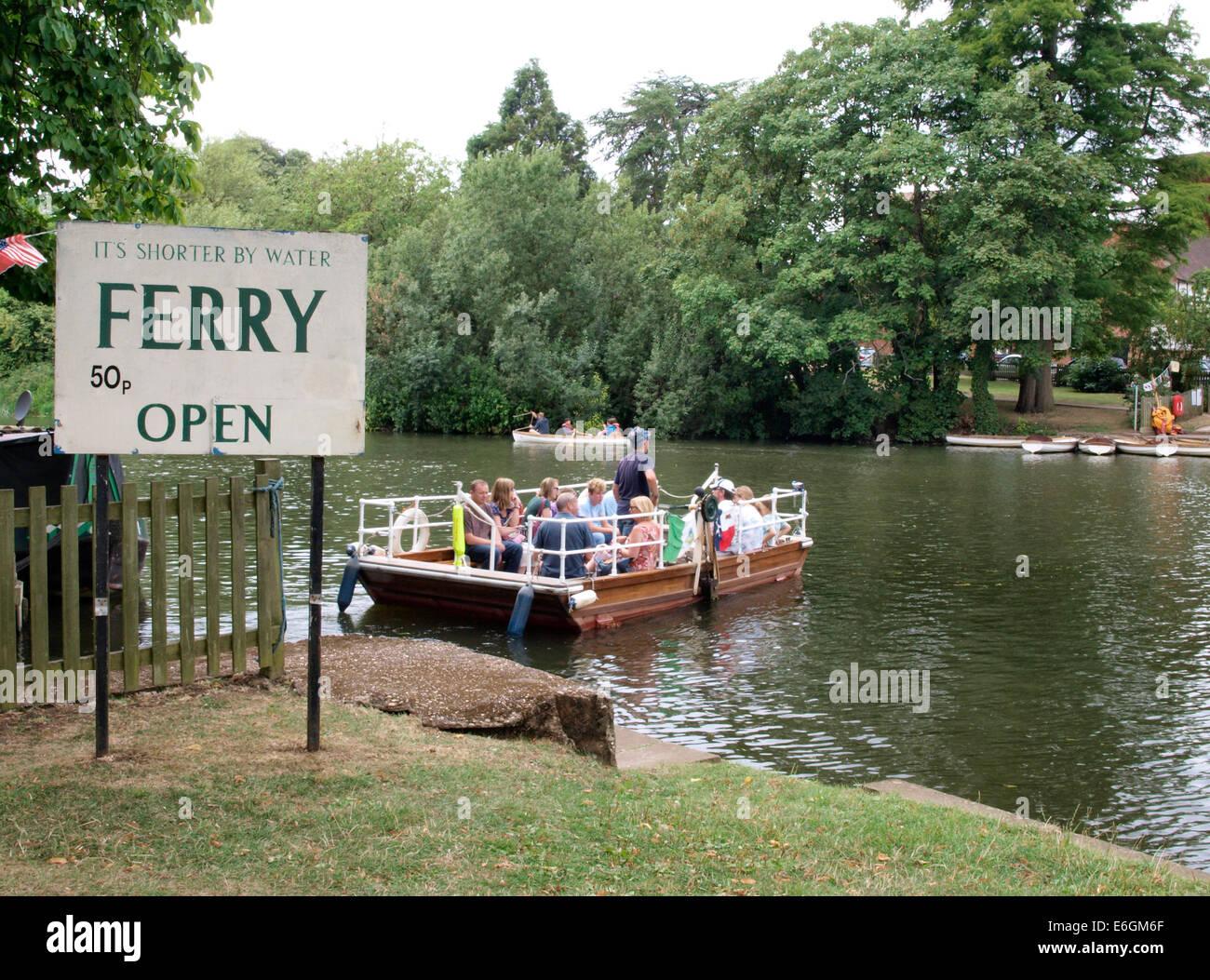 Chain Ferry, Stratford upon Avon, Warwickshire, UK - Stock Image