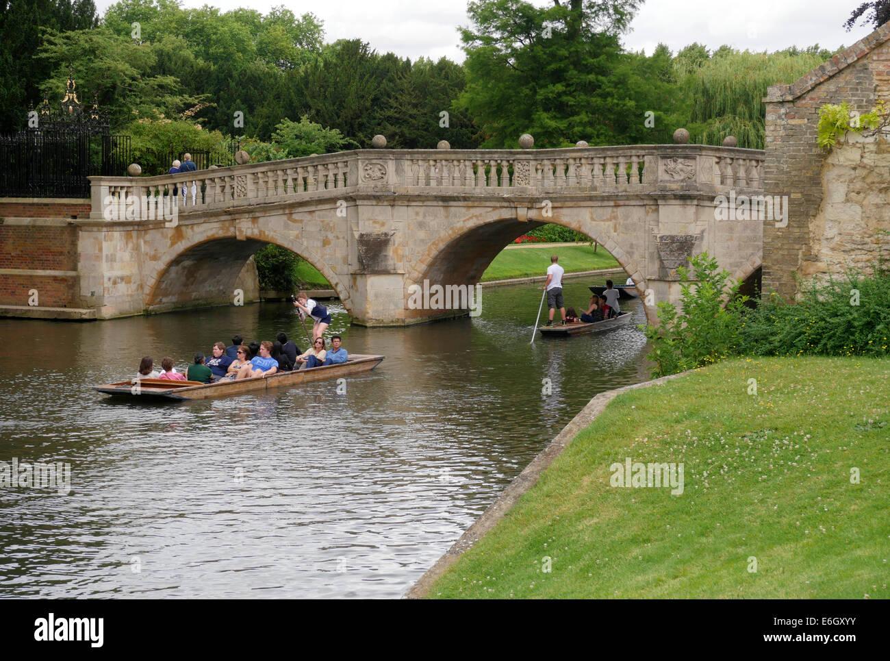 College life - punts on the River Cam near Cambridge University, Cambridge England - Stock Image
