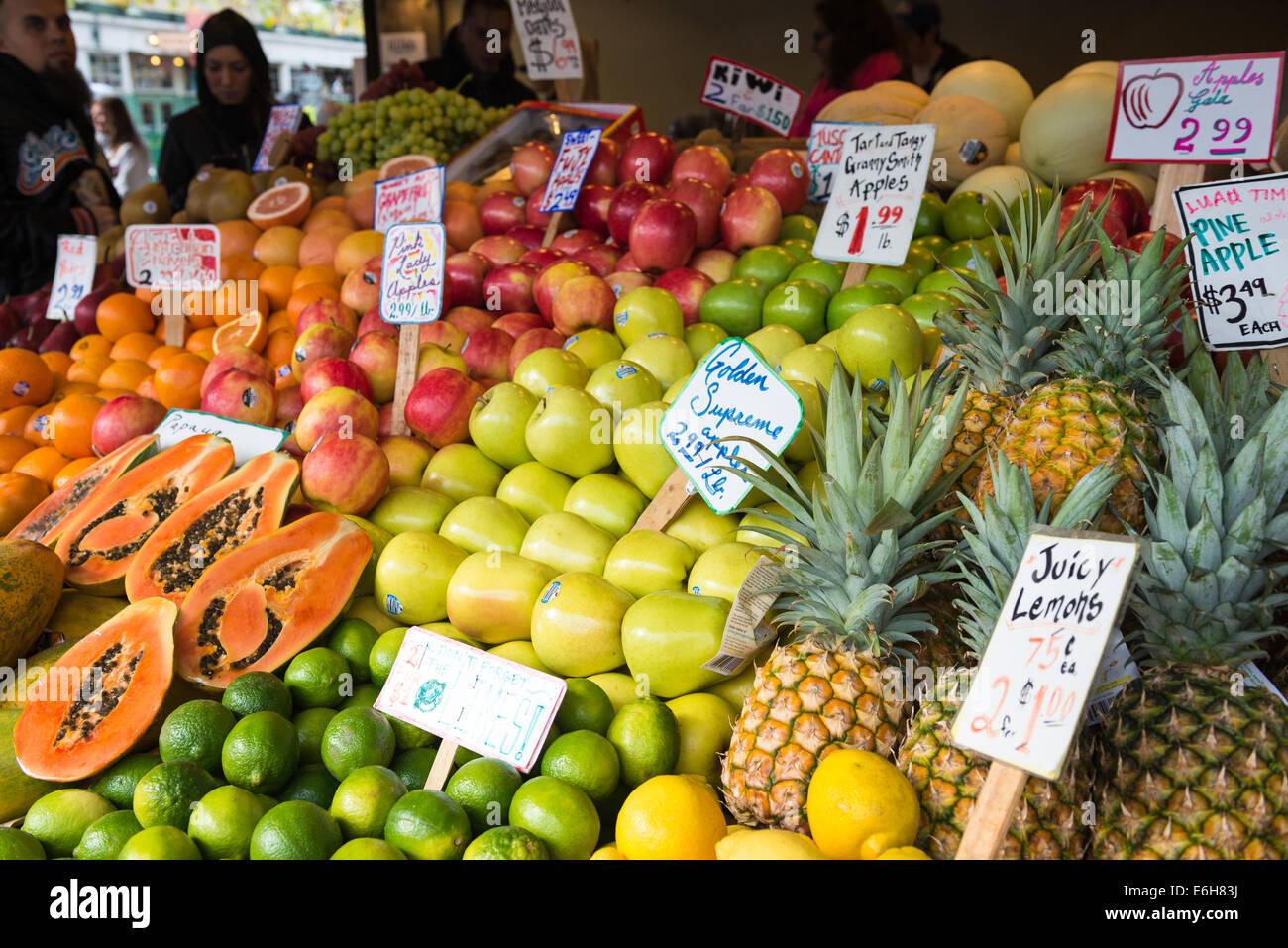 Fresh fruit at Pike Place Market in Seattle, Washington - Stock Image