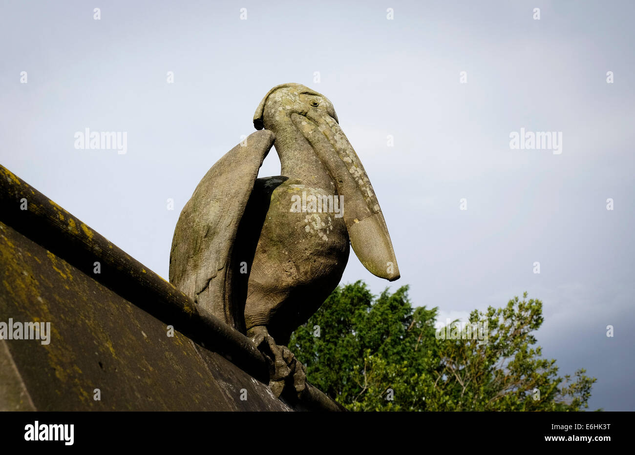The sculpture of a Pelican on the Animal Wall at Cardiff Castle. - Stock Image