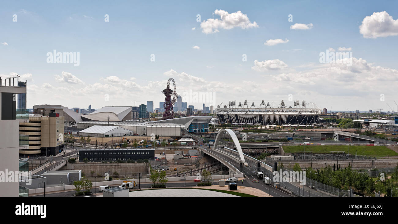 Olympic Park, Stratford with Canary Wharf in the background. - Stock Image