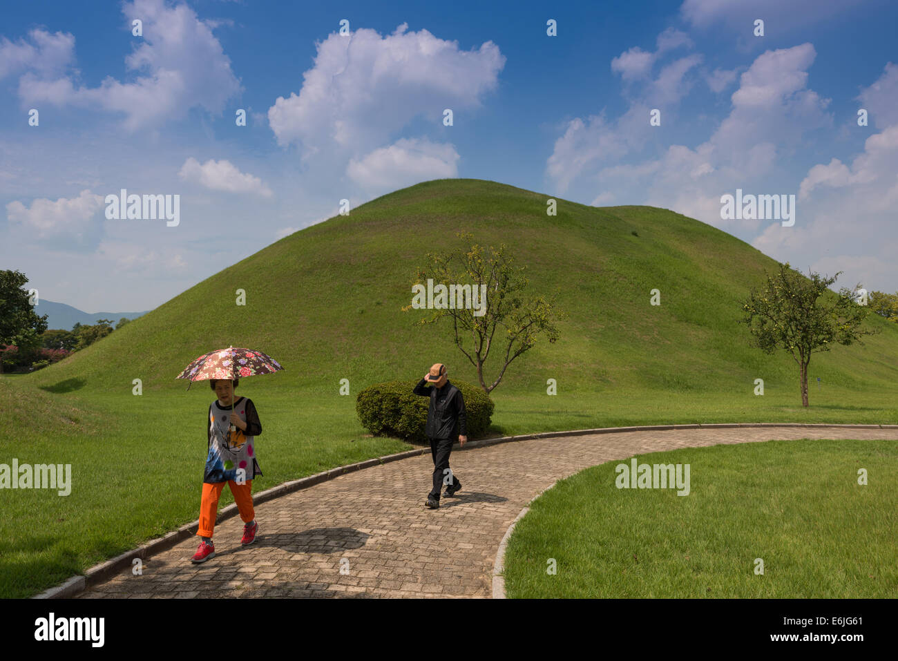 Kyongju, Tumuli Park, Shila Tombs. South Korea. Stock Photo