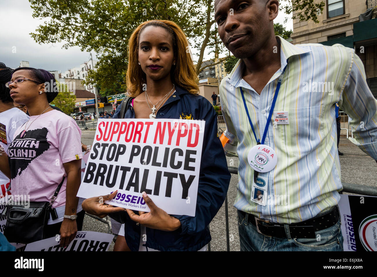 Staten Island, NY - Thousands marched through Stapleton, to protest  killing of Eric Garner and call an end to police - Stock Image