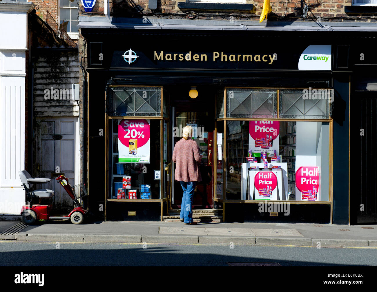 door pharmacy stock photos  u0026 door pharmacy stock images