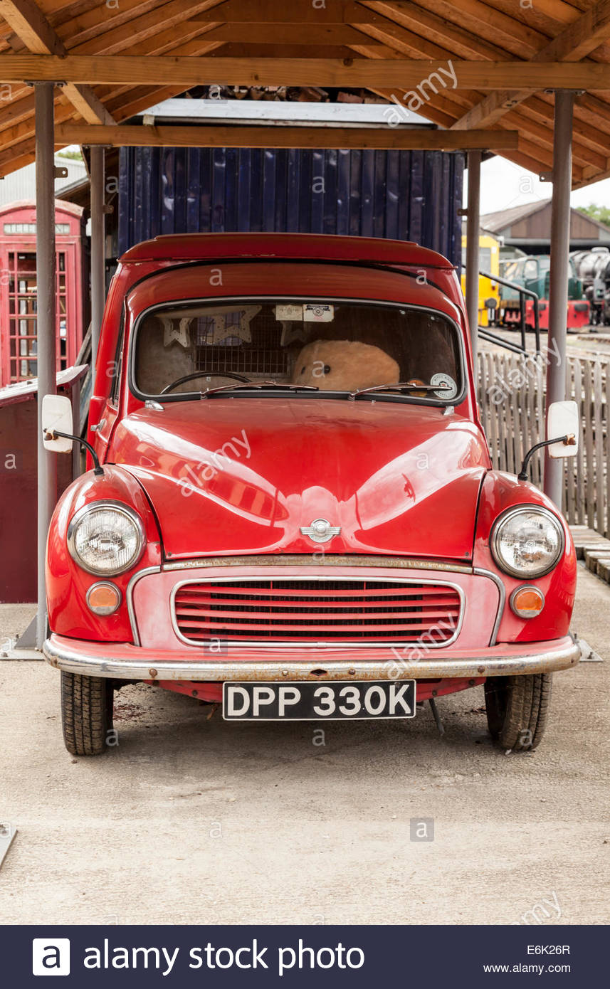Morris Minor Royal Mail Postal Delivery Van Stock Photo