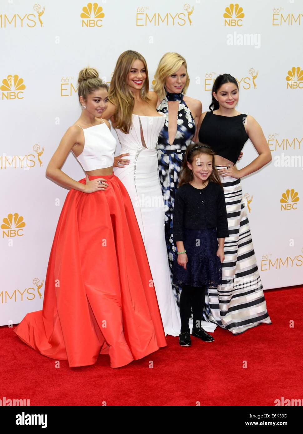 Modern Family Series Cast Stock Photos & Modern Family Series Cast