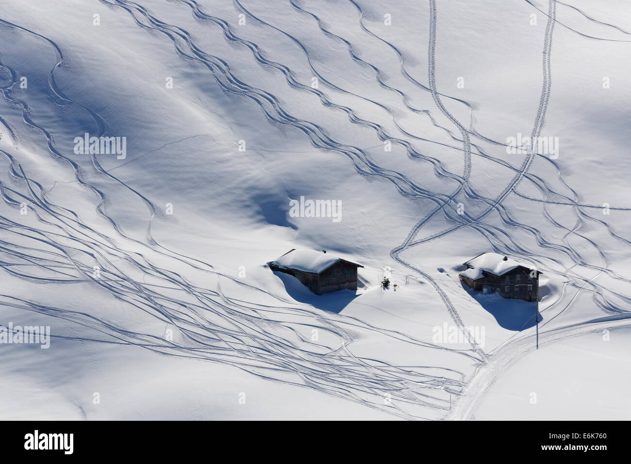 Ski tracks in deep snow, Unterdamülser Alpe, mountain pasture, Damüls, Bregenz Forest, Vorarlberg, Austria - Stock Image
