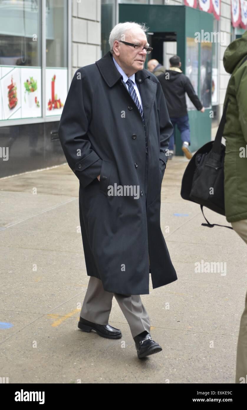 American businessman Warren Buffett leaving NPR Radio Studios  Featuring: Warren Buffett Where: Manhattan, New York, - Stock Image