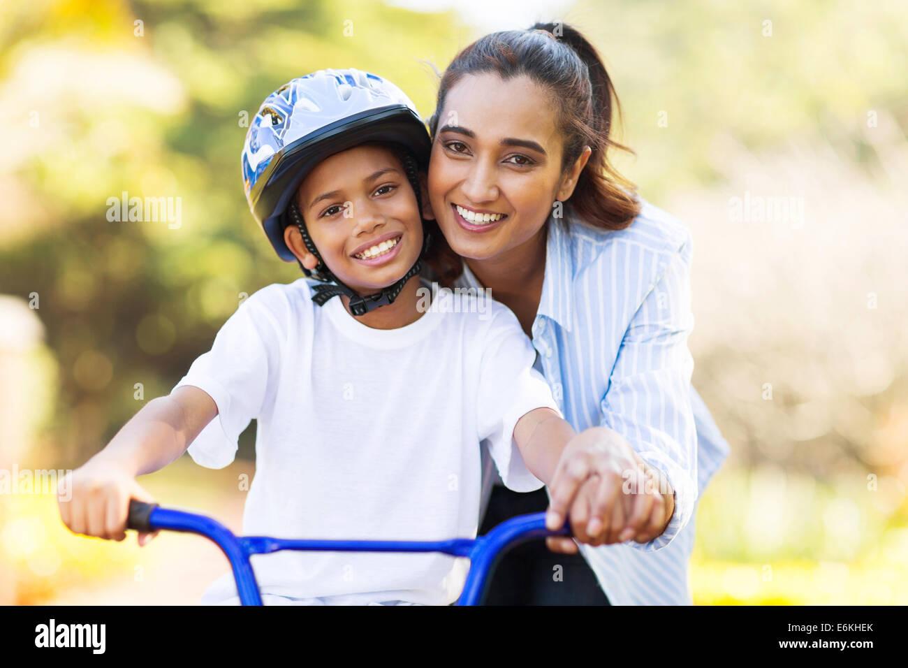KARINA: Son Boy Mother Time One Ghanta