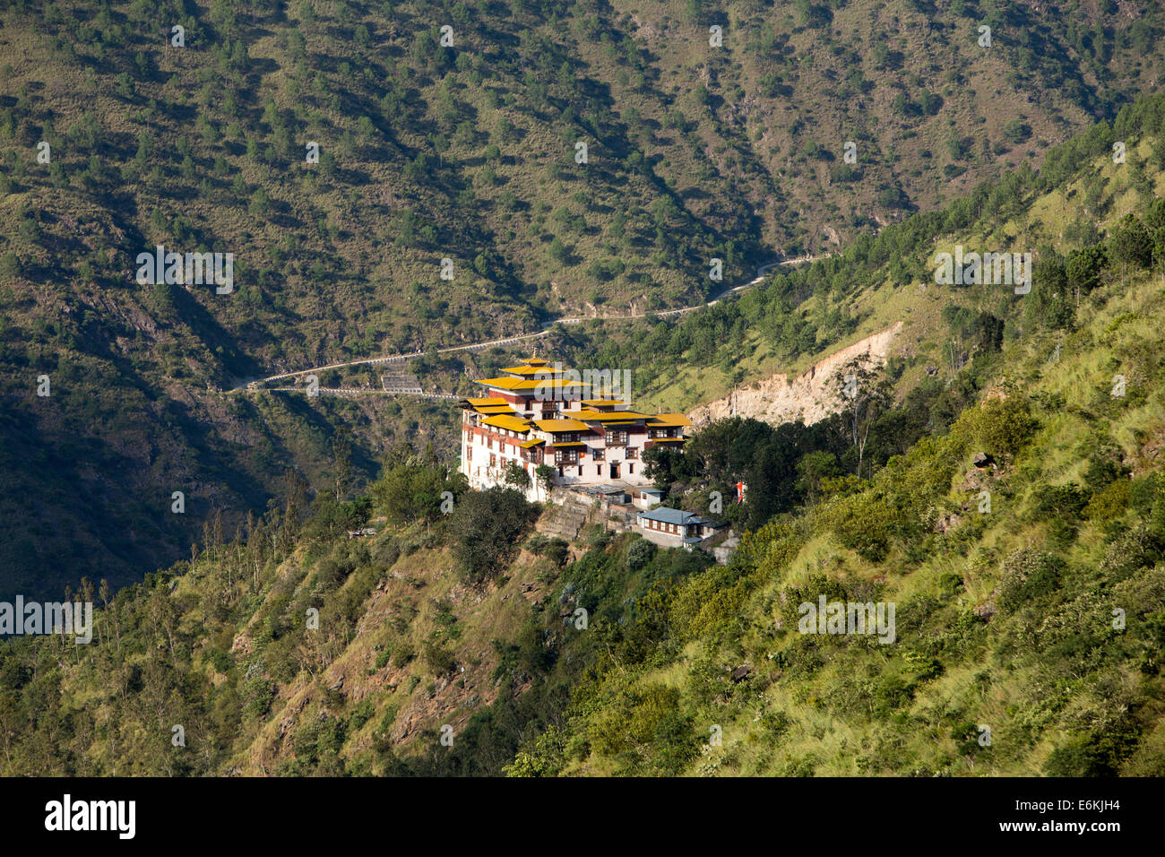 Eastern Bhutan, Trashigang, Dzong on hillside - Stock Image