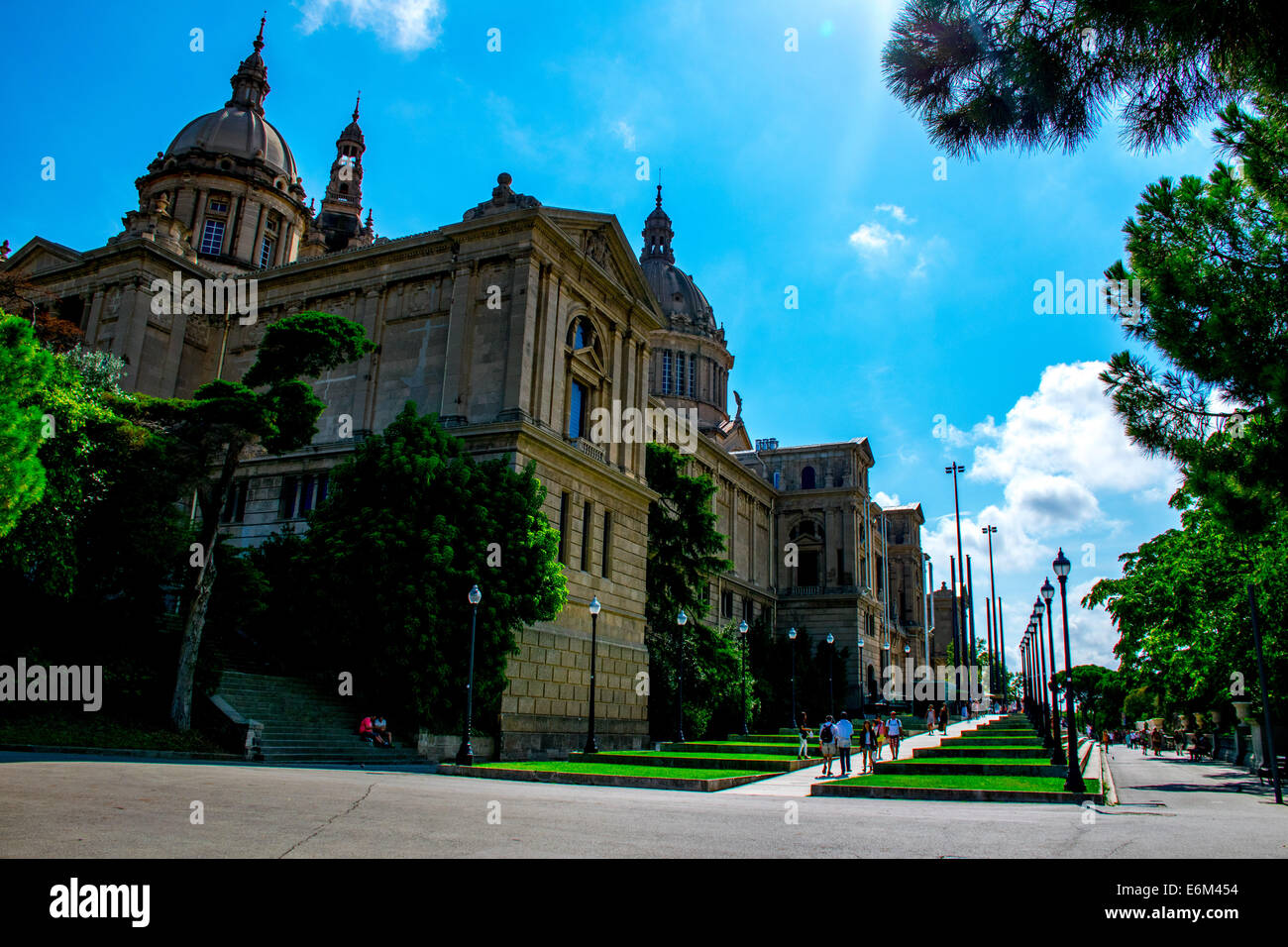 The MNAC sitting on top of the Montjuic hill in Barcelona in daytime - Stock Image