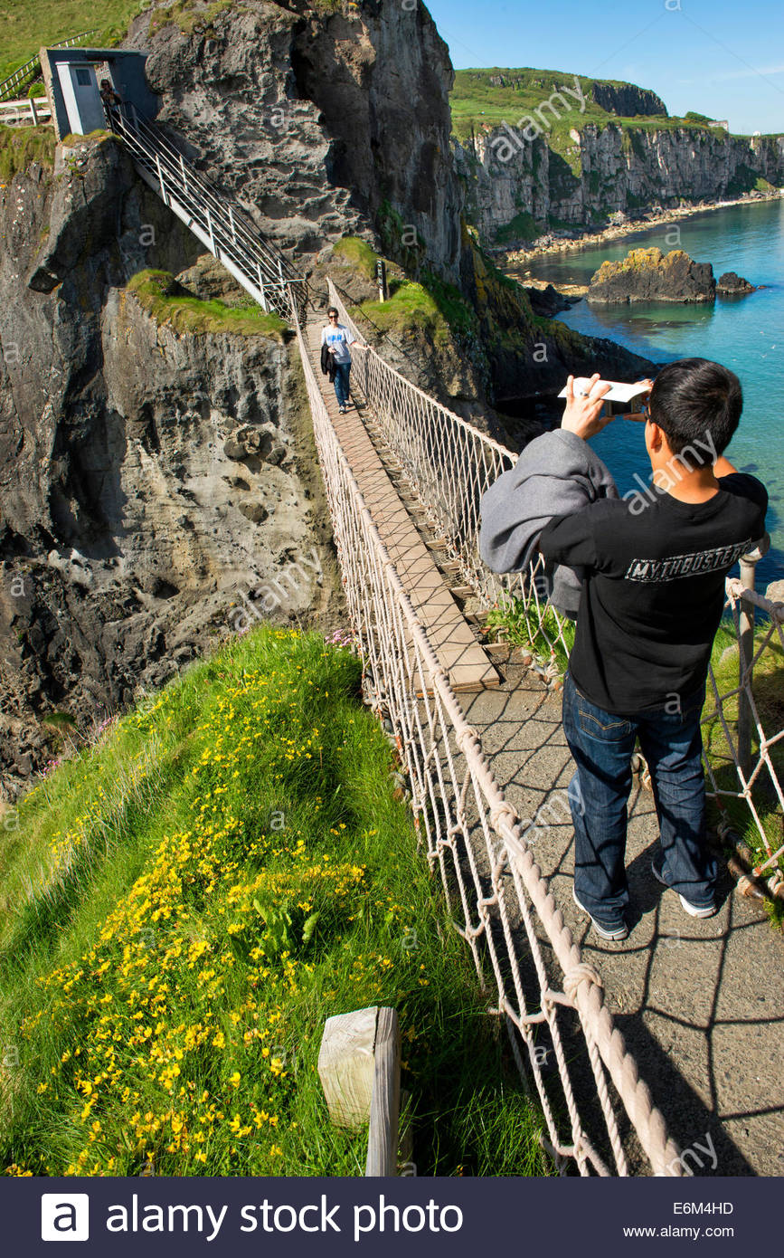 Carrick-a-rede Rope Bridge, Co. Antrim, Northern Ireland, - Stock Image