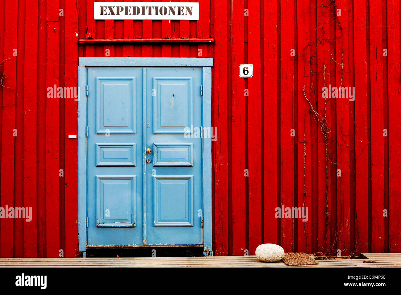 Entrance to a tour operator's office for expeditions, near Henningsvaer, Lofoten, Norway - Stock Image