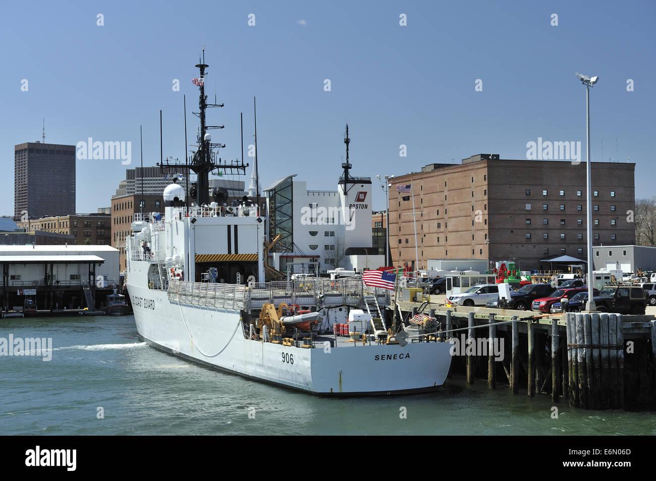 Us Coast Guard Cutter Quot Seneca Quot Wmec 906 Moored On