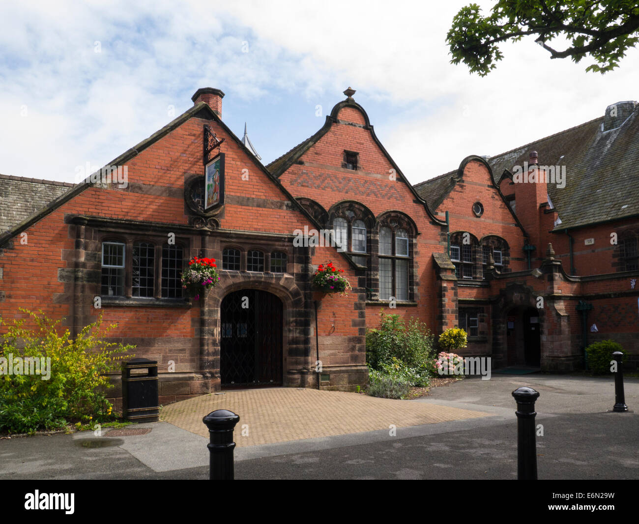 Lyceum Port Sunlight Wirral Merseyside built as school 1894 - 96 used as place of worship until church built now - Stock Image