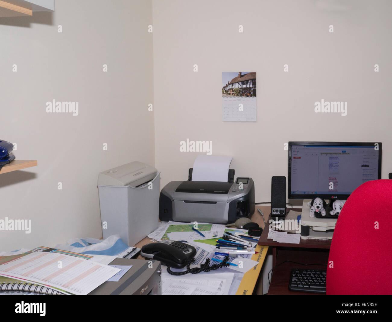 Home Printer Scanner Stock Photos & Home Printer Scanner Stock ...