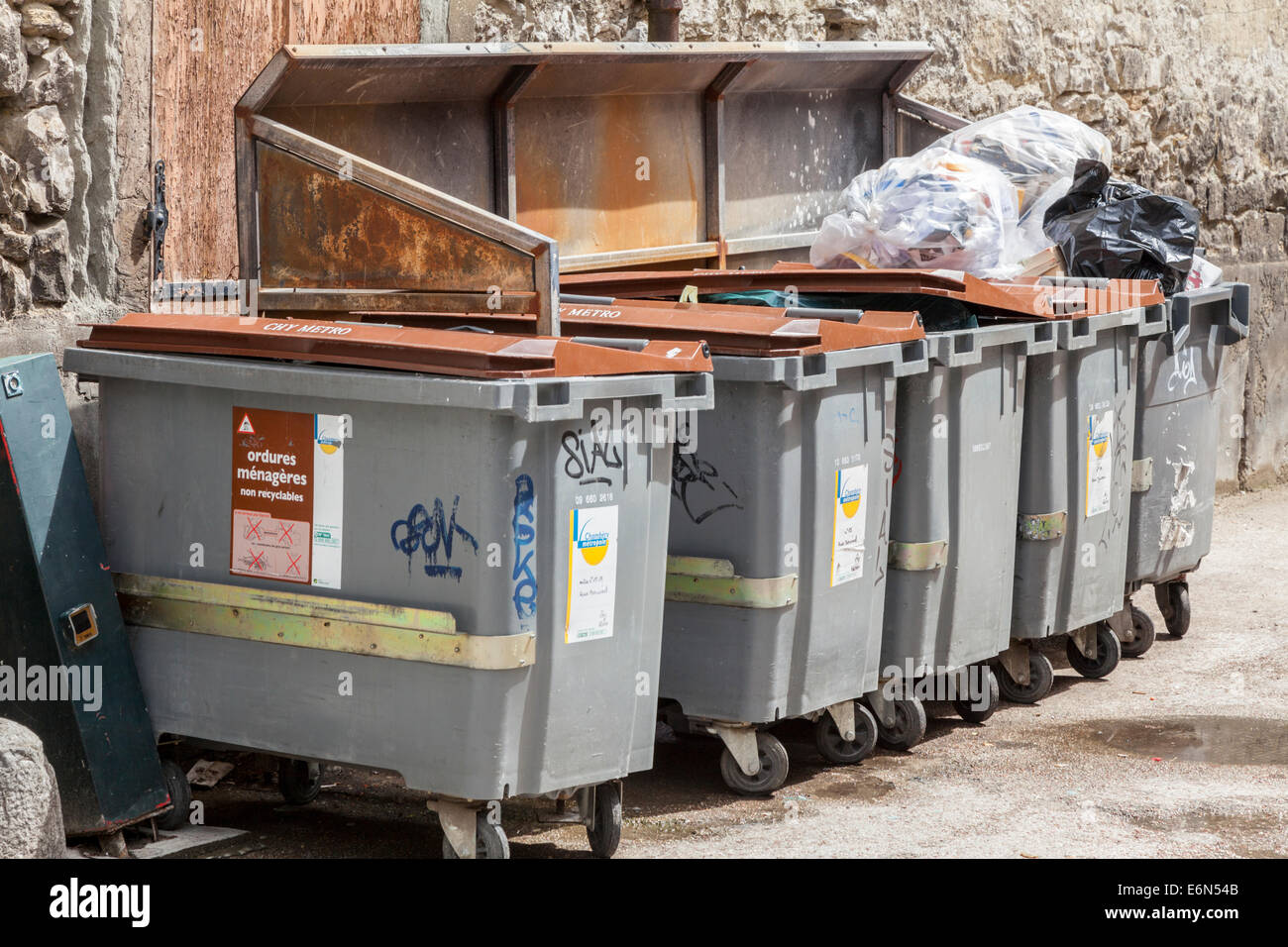 Rubbish and recycling bins, Chambery,  Savoie, Rhone-Alpes, France Stock Photo