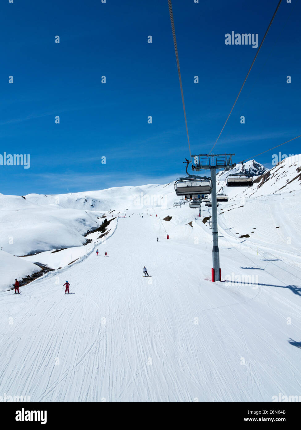 Chair lifts in Les Arcs 2000 ski resort, Les Arcs, Savoie, Rhone Alpes, France - Stock Image