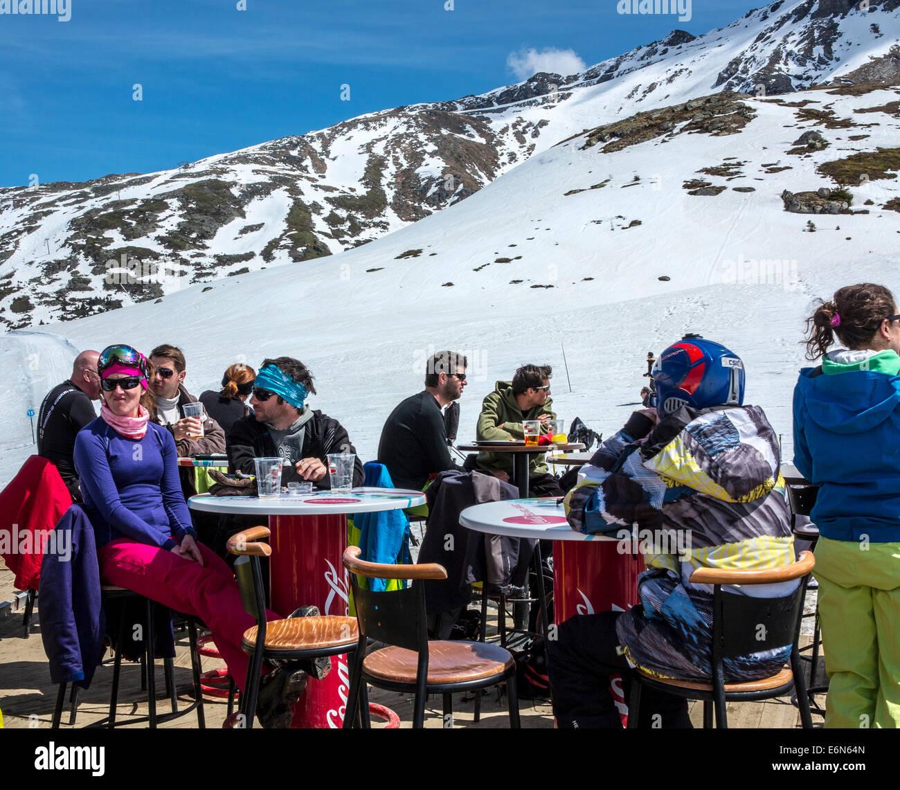 Terrace of the Bulle Cafe bar restaurant in Les Arcs 2000 ski resort, Les Arcs, Savoie, Rhone Alpes, France - Stock Image