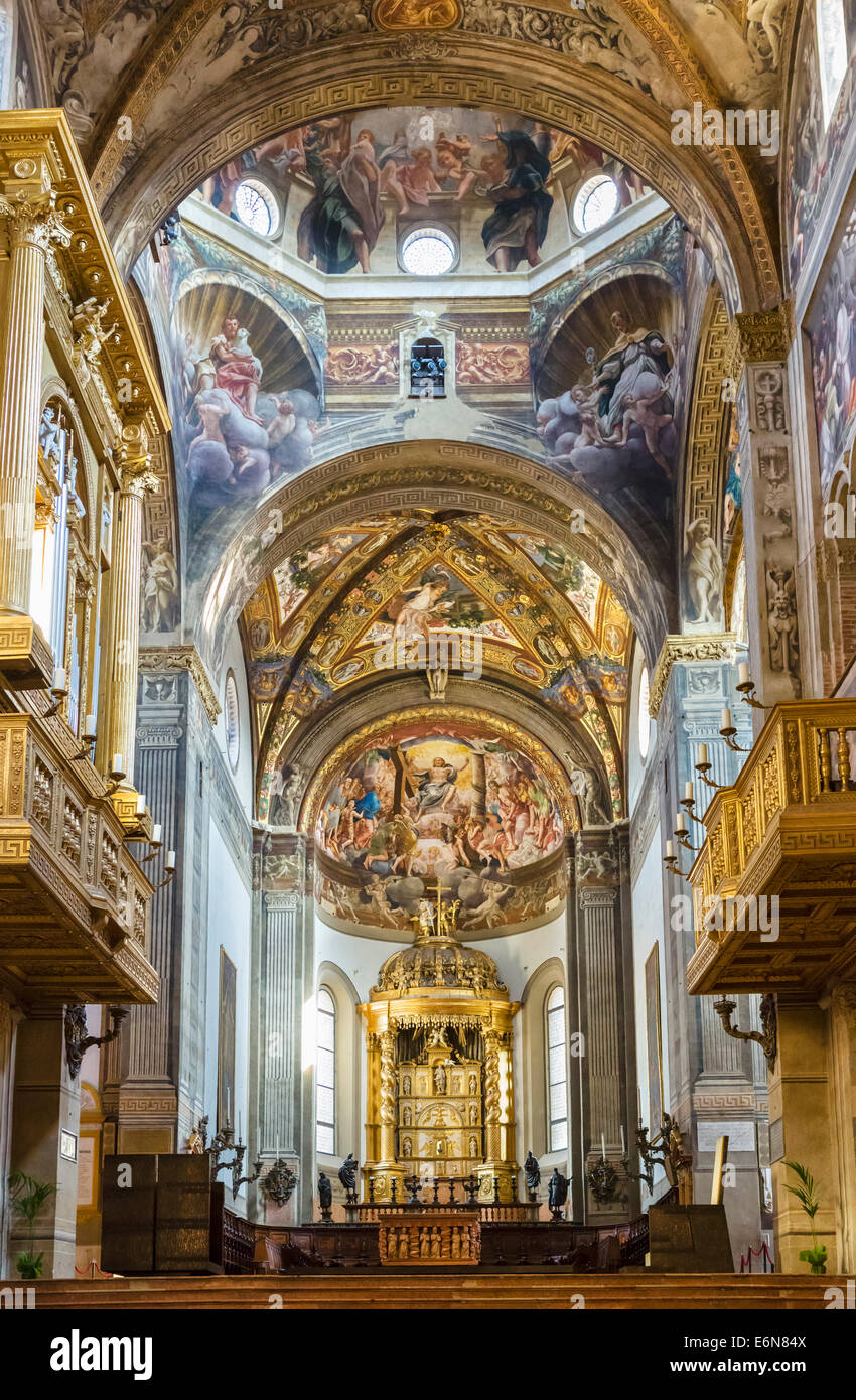 Frescoes above the altar in the Duomo, Parma, Emilia Romagna, Italy - Stock Image
