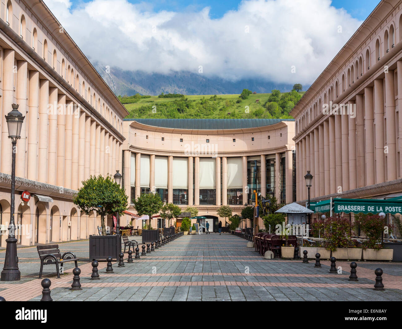 Modern French Architecture Stock Photos & Modern French Architecture ...