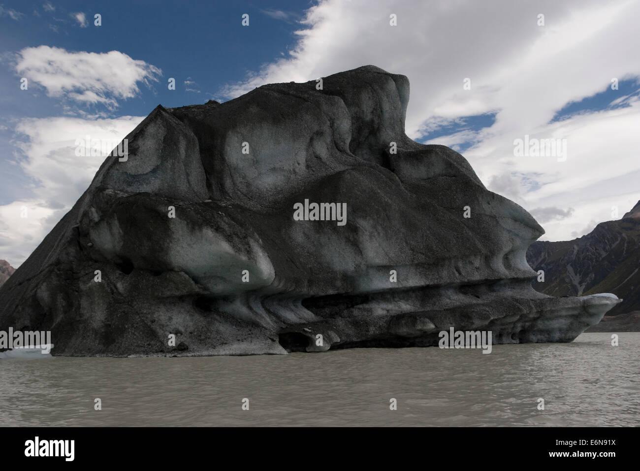 Glacial Ice berg, Mount Cook, New Zealand - Stock Image