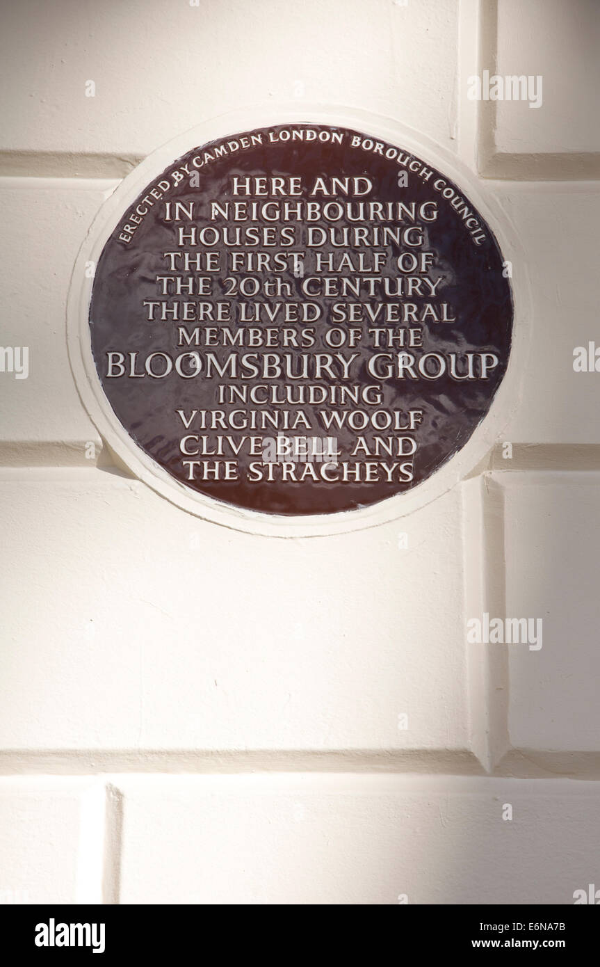 A ceramic plaque at 50 Gordon Square, in Camden, which was home to several members of the Bloomsbury group including Virginia Woolf. London, England. Stock Photo