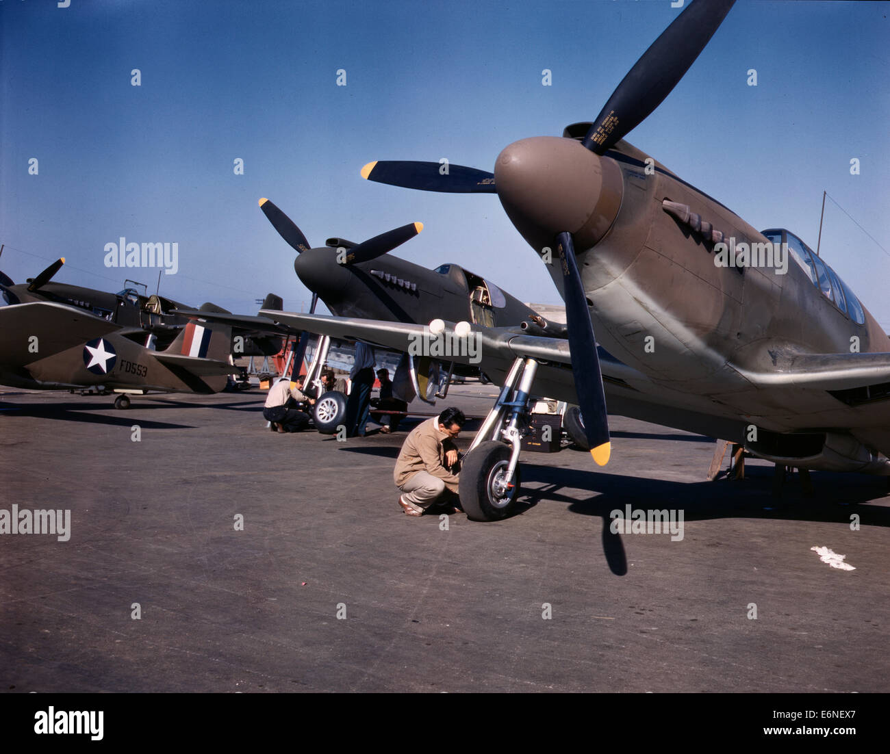 P-51 ('Mustang') fighter planes being prepared for test flight at the field of North American Aviation, - Stock Image