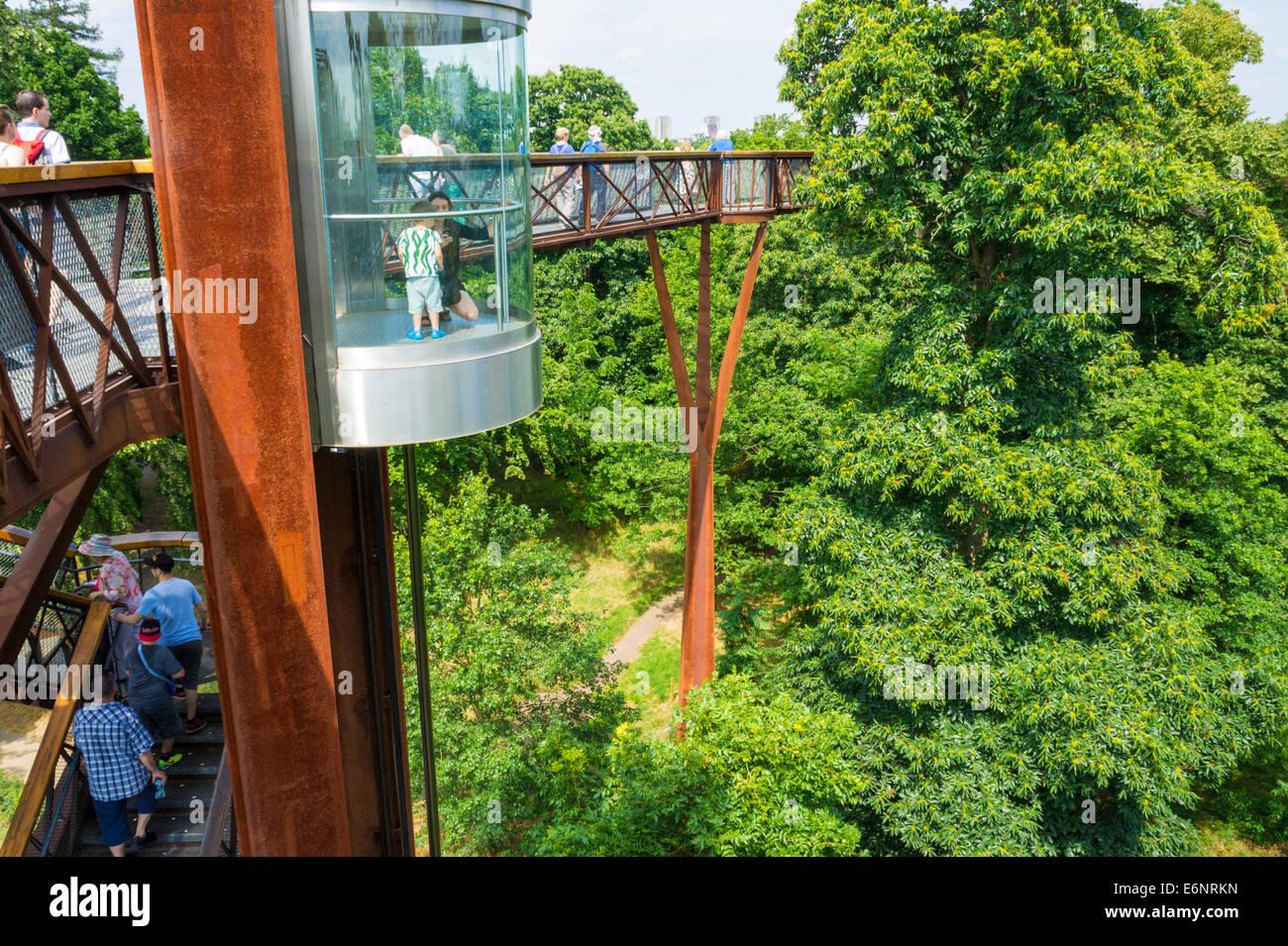 Rhizotron and Xstrata Treetop Walkway Kew Gardens London England UK GB EU Europe - Stock Image