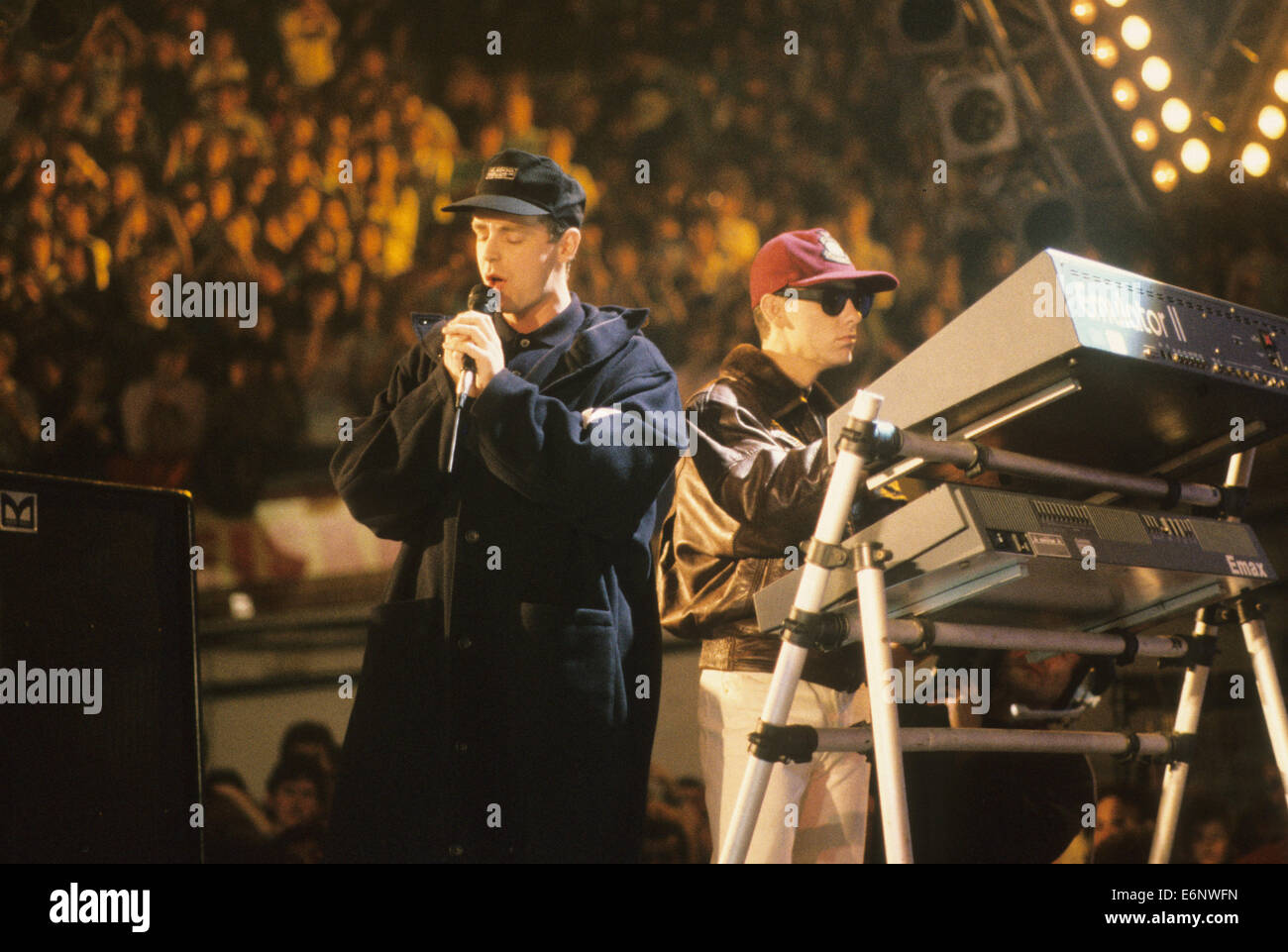 PET SHOP BOYS  UK pop duo about 1988  with Chris Lowe at right and Neil Tennant - Stock Image